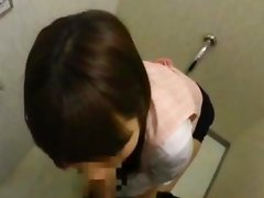 Office Lady Giving Blowjob Cum To Mouth Spitting To Palm In The Toilette