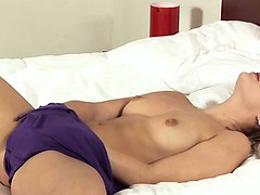 Blonde glamour vagina fisting herself
