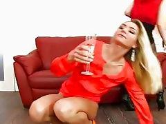 Pussy Licking Pee Sluts