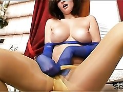 Curvy young babe with big tits in pantyhose
