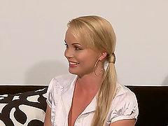 Nessa Devil shows her gorgeous body to Silvia Saint