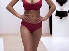 Huge tits on the fashion show - 4K