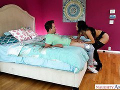 The sweet pussy of Sofi Ryan is so delicious and this babe loves giving head