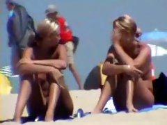 Cute blonde girls at beach - hidden cam