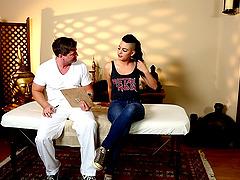 Punk babe Rachel Madori really likes her sexy masseur