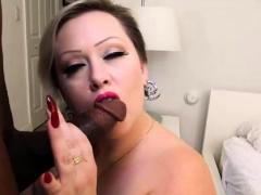 Sexy Big Booty Plumper Bunny De La Cruz Rides BBC