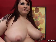 Sexy fat tattooed momma with tattooes and piercings masturbates on bed