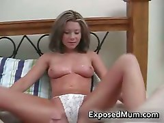 Tasty mom loves a nice cumshot splashed part1