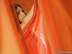 Gorgeous Bollywood dancer