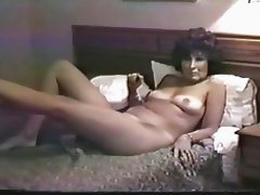 Wife takes anal creampie from BBC